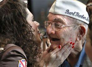 Pearl Harbor kiss