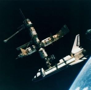 shuttle station docking