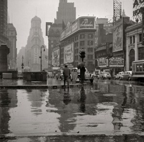 Times Square 1943
