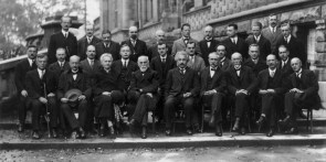 The 1927 Solvay Conference – orig  and colorized