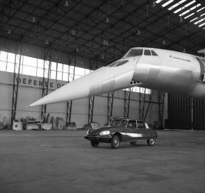 Citroen DS5 and The Concorde