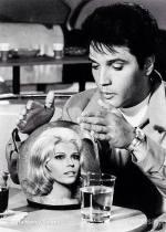 Elvis-and-Nancy-Sinatra.jpg