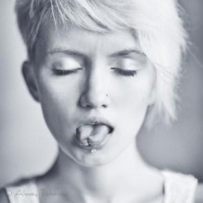Tonguetie