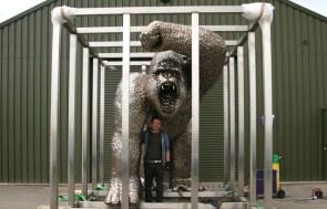 Uri Geller's spoon gorilla