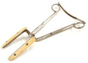 Old cirurgical tool
