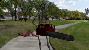 Skeleton Chainsaw