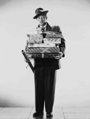 Ooh look! Robert Mitchum's come with our Christmas presents early!