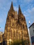 Cologne_cathedral_at_dusk.jpg