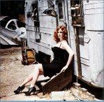 Christina-Hendricks-Esquire-Photoshoot-HQ-christina-hendricks-8730764-2008-1961.jpg