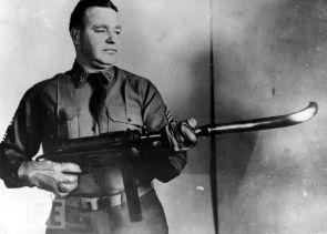 Curved Barrel Machine Gun