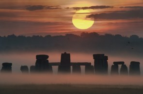 Sunrise Solstice at Stonehenge