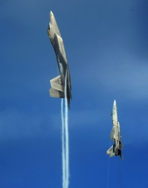 F-22, F-15 Going Vertical