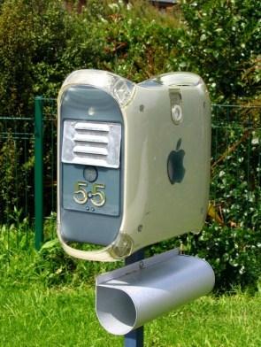 Macbox