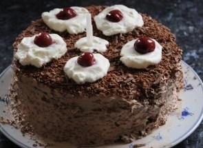 I MADE A CAKE!