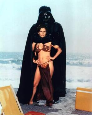 Vader and Leia on the beach
