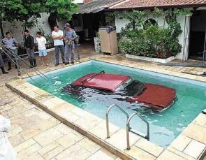 Baaaaad parking job