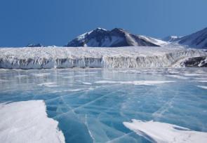 Lake Fryxell in Antarctica
