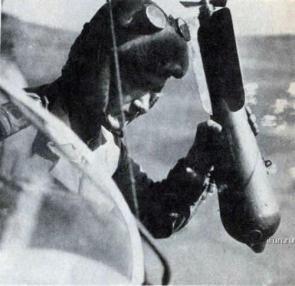 Manual Bomber