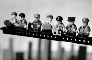 Famous images redone in Legos