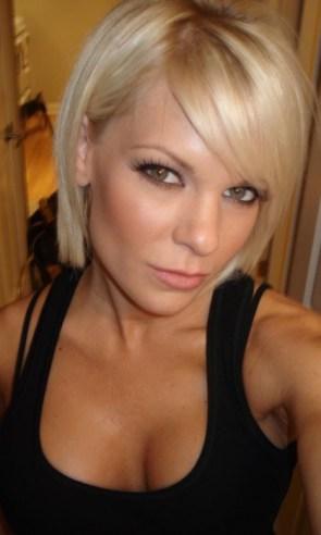 blond chick