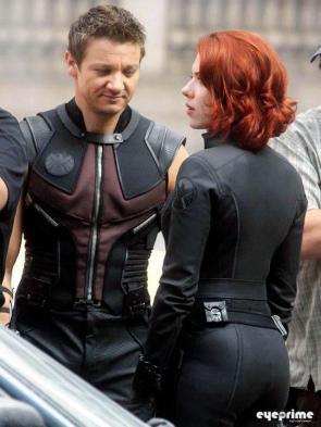 Hawkeye & Widow