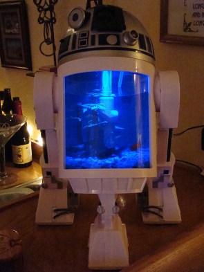 R2D2 fish tank