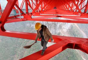 Bridge cleaning