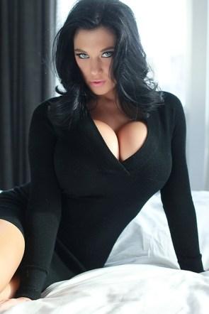 Christina Iannelli in Sweater