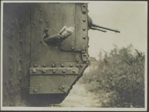 tank communication