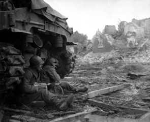 british soldiers on the front