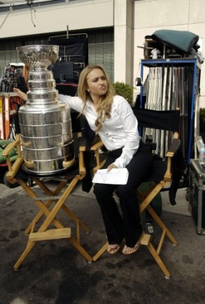 Hayden Panettiere with the Stanley Cup