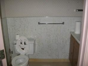 Happy Toilet