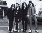 KISS – Dressed to Kill (1975)
