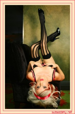 Retro Pinup Blondes