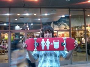 2 Girls 1 Cup skateboard