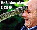Mr. Snakey gives kisses?