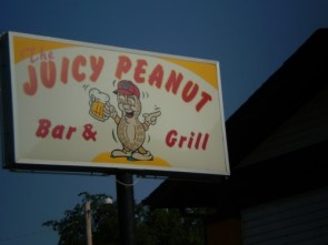 the juicy peanut