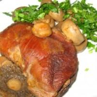 Задушено патешко месо с гъби
