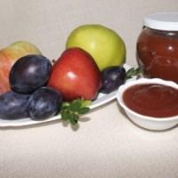 Мармалад от сини сливи и ябълки