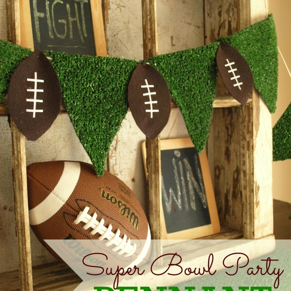 SUPER BOWL PARTY DECOR and FREE FOOTBALL SUBWAY ART