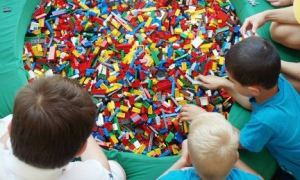 legoland camp 300x180 (Ended) Legoland Discovery Center 4 Day Summer Camp Only $75 (Reg. Price $125!)