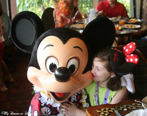 Disney Dining Review: 'Ohana's Best Friends Breakfast