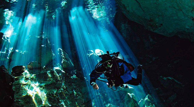 Diving Cenotes in Mexico (Tulum/Playa del Carmen): Choose the Best One in 5 Questions