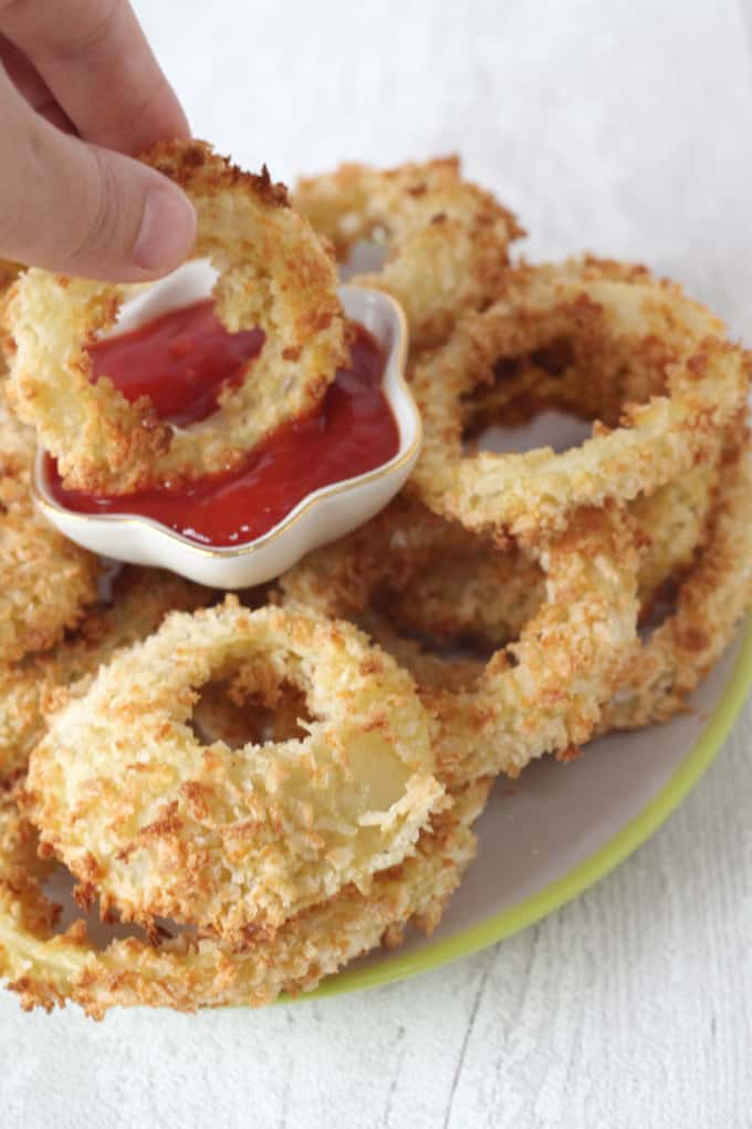 onion rings soaked in buttermilk