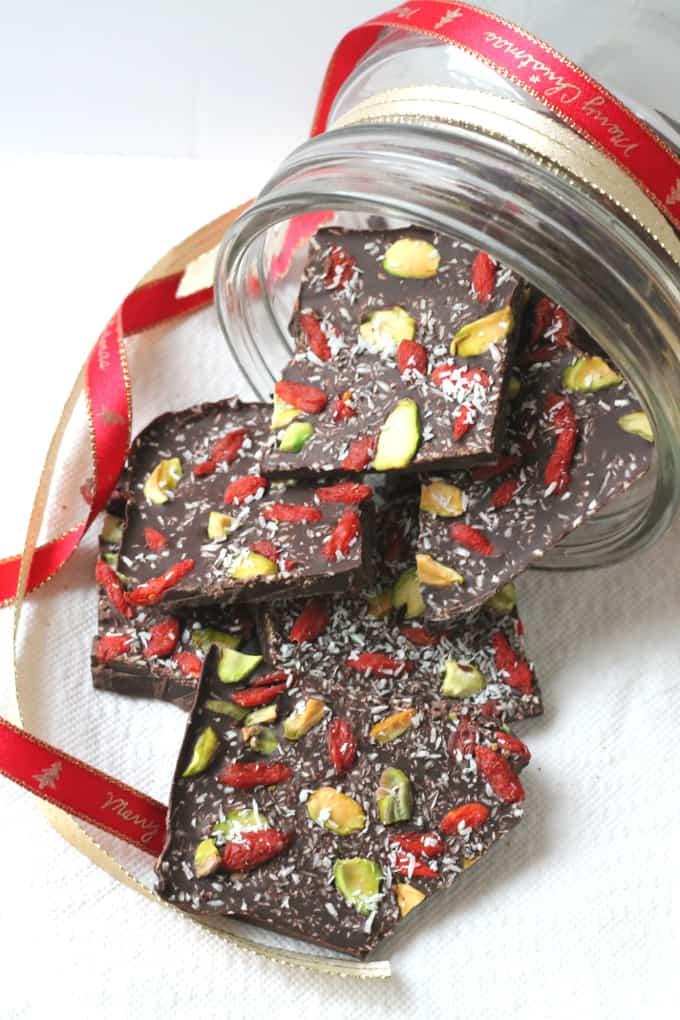 dark chocolate bark goji berries