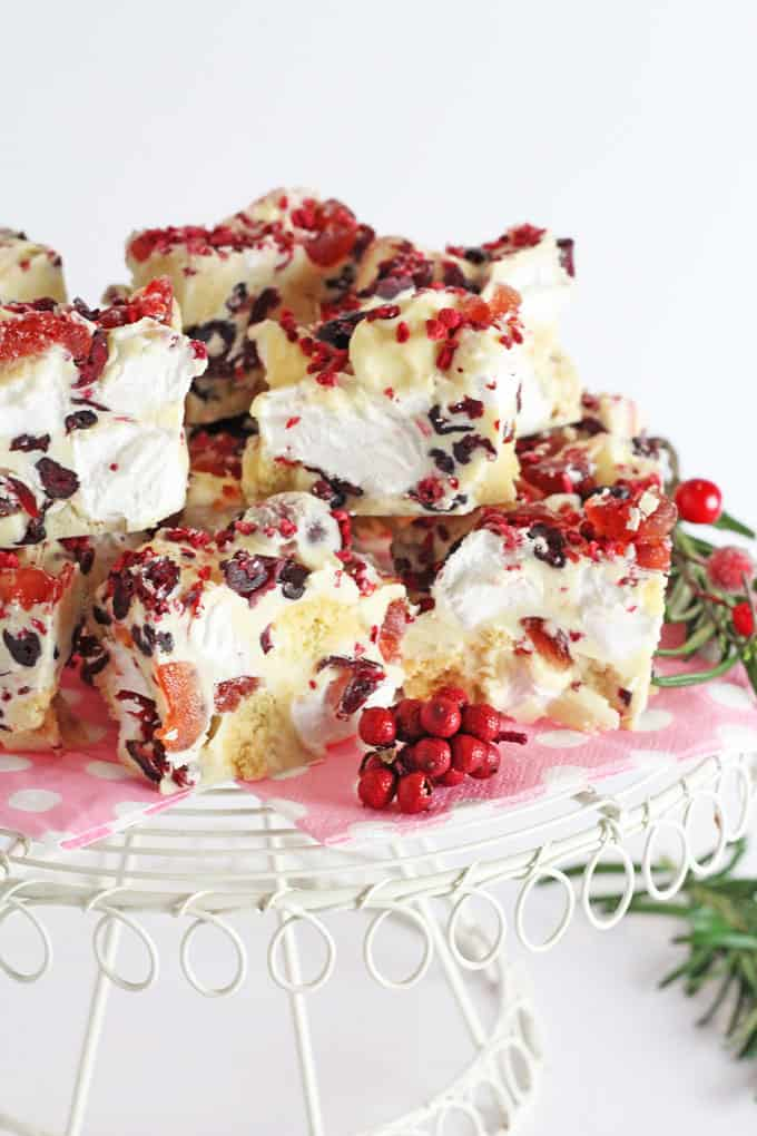 A super easy festive Rocky Road recipe made with white chocolate, cranberries and shortbread. A delicious decadent dessert that's perfect for Christmas!| My Fussy Eater blog