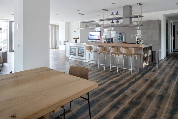 Amsterdam Apartment by Dennebos Flooring 01