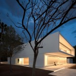 House between the pine forest by Fran Silvestre Arquitectos 04