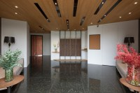 concentrated-residence-the-lobby-to-improve-low-ceiling ...
