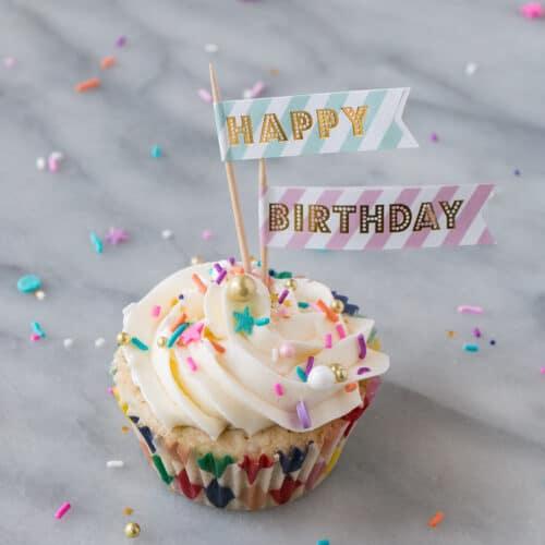 Momofuku\u0027s Milk Bar Birthday Cupcakes - My Kitchen Love